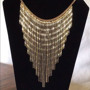Jewelry - Gold ✨ Fringe ✨Statement Necklace